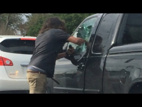 Watch Man Punch Fist Through Truck Window And Pepper Spray Driver: Cops
