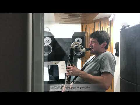 Play bass clarinet 24/7! - HDS Cabines