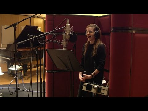 Thumbnail: Beauty and the Beast: Emma Watson & Cast Record Voice and Songs Behind the Scenes