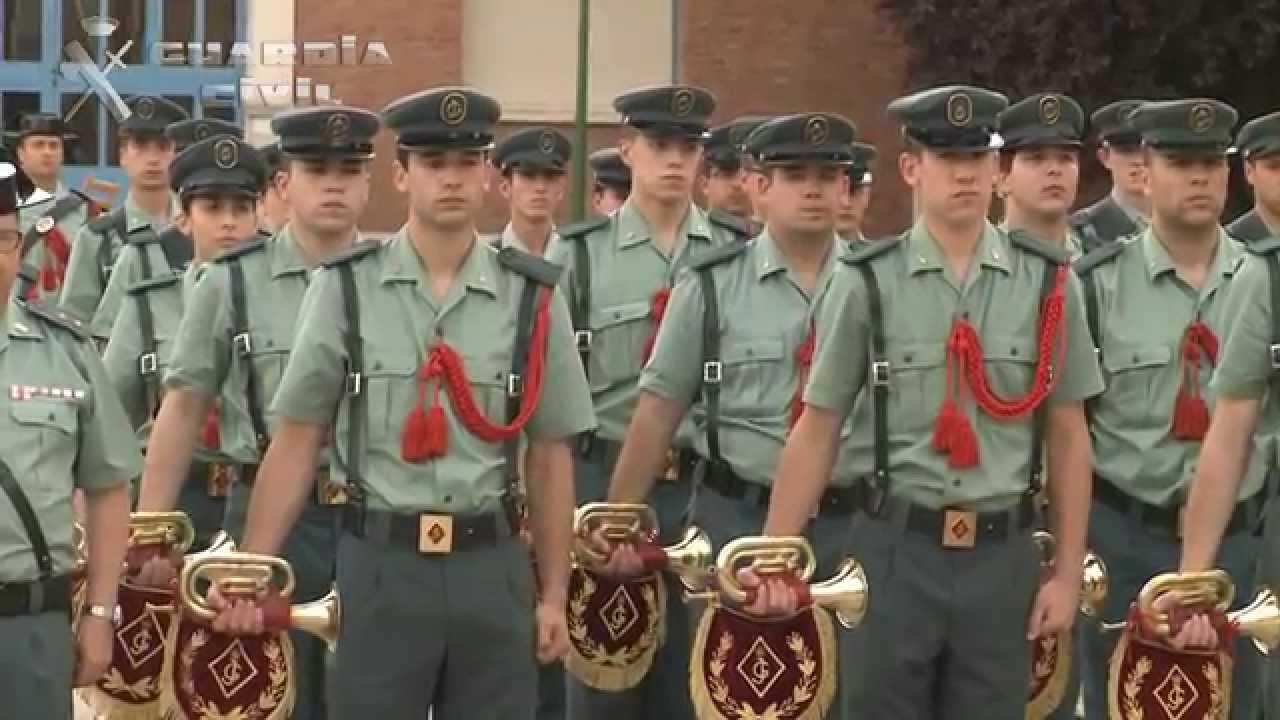 Entrega certificados a guardias civiles eventuales 97 for Oficina de empleo valdemoro