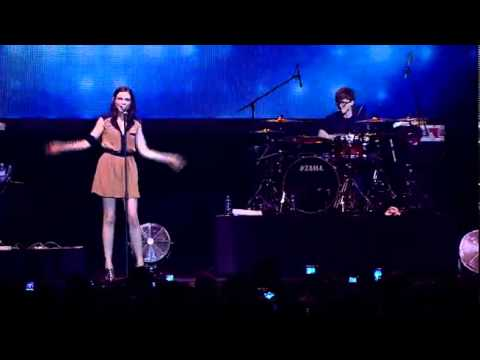 Sophie Ellis-Bextor - Catch You (Live in Jakarta)