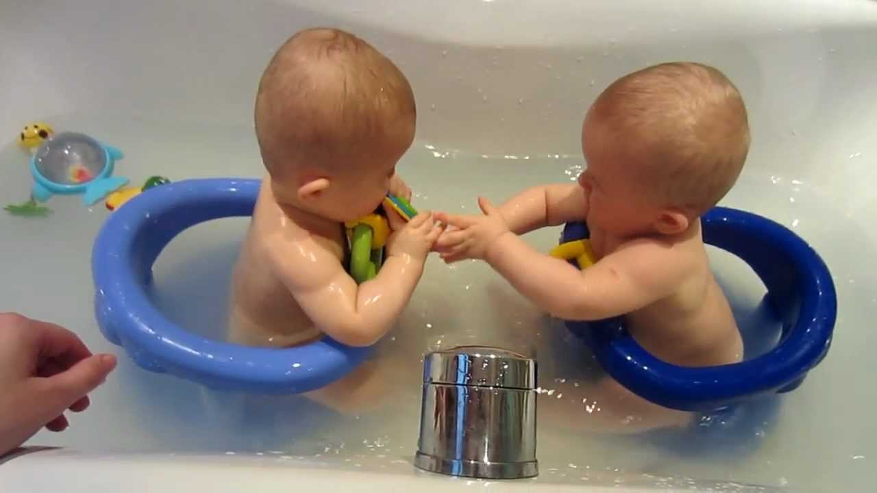 Maddie and Ollie in Safety1st Swivel bath seats for the first time ) - YouTube & Maddie and Ollie in Safety1st Swivel bath seats for the first time ...