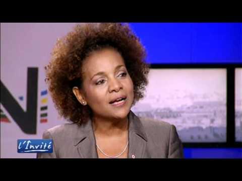 """Michaëlle Jean : """"Il faut libérer Haïti de l"""