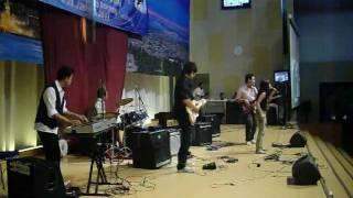 """Revival band Indonesia di Penabur Gading Serpong """" ku tahu Bapa peliharaku """""""