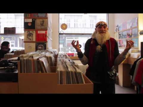 Berlin ist Techno | KOMET BERNHARD (68) Berliner Club Legende