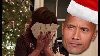 Baixar Le cadeau de Noël de The Rock à sa maman est dur à égaler