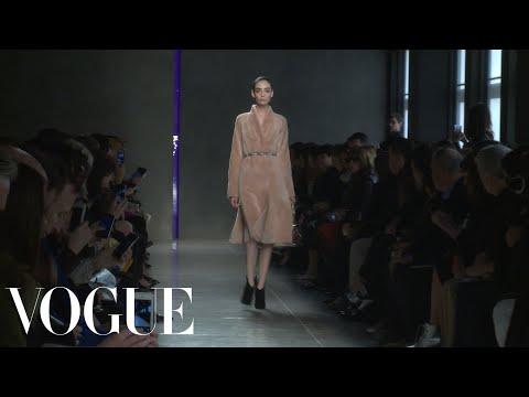Bottega Veneta Fall 2014 Ready-to-Wear - Fashion Show - Style.com