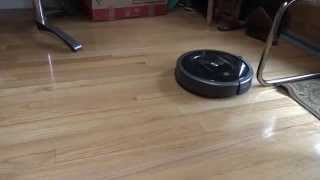 iRobot Roomba 880 Vacuum Cleaning Robot Testing