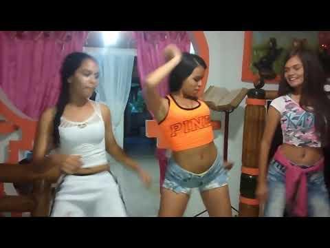3 chicas adolescentes Bailando muy sexy RAKATAKA El Del filin
