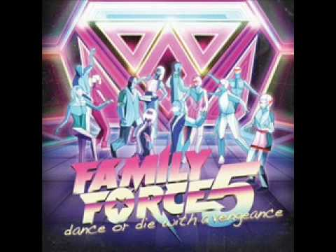 Share It With Me (Smile Future Remix) - Family Force 5