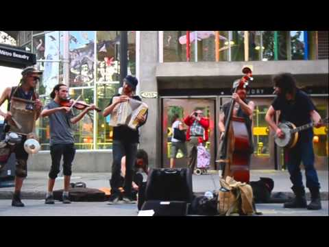Montreal Busking -- Old Town