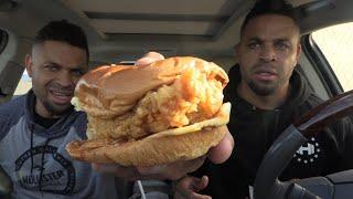 Eating Popeye&#39s New Spicy Chicken Sandwich