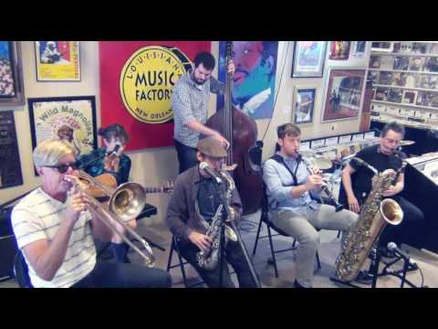 NEW ORLEANS JAZZ VIPERS @ LMF JAZZFEST 2017