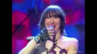 Yeah Yeah Yeahs - Y Control (live Conan 2003)