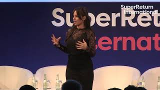 "Gambar cover ""The winners played the long game"" - Molly Bloom at SuperReturn International 2019"