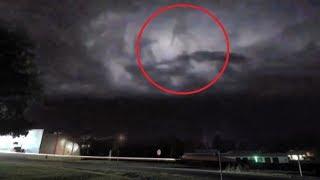 5 Bí Ẩn Người Di Chuyển Trên Mây Vô Tình Được Camera Quay Lại || 5 Humanoids Walking On Clouds