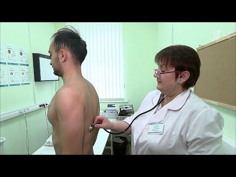 Ведущие врачи московских клиник развенчивают мифы, касающиеся коронавируса.