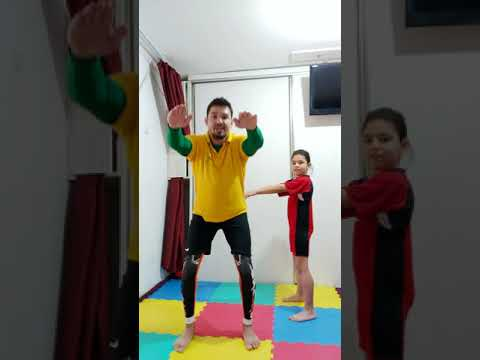 Ora de sport alaturi de parintii tai ( Stai Acasa )