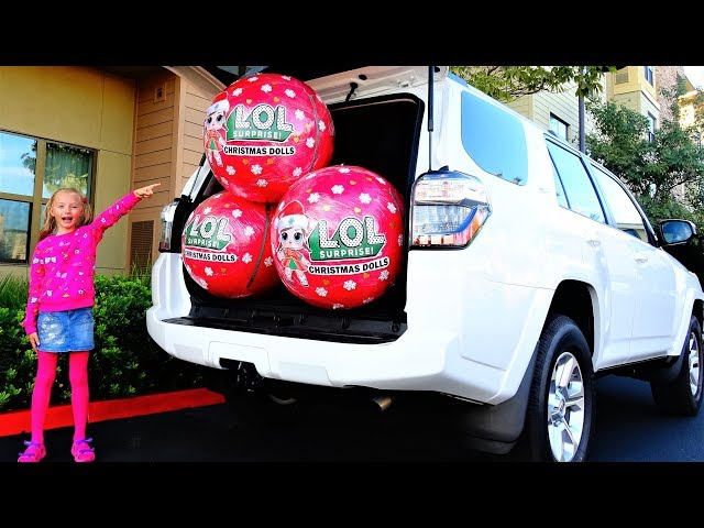 Гигантские шары LOL Surprise Новогодняя серия в маминой машине new Christmas LOL Dolls