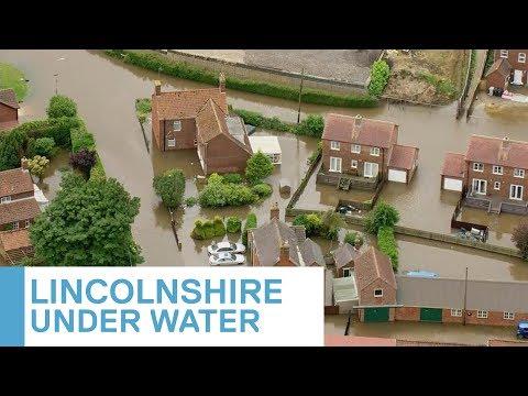 RAF Draughted Into Wainfleet After Burst Bank Floods Dozens Of Homes | 5 News