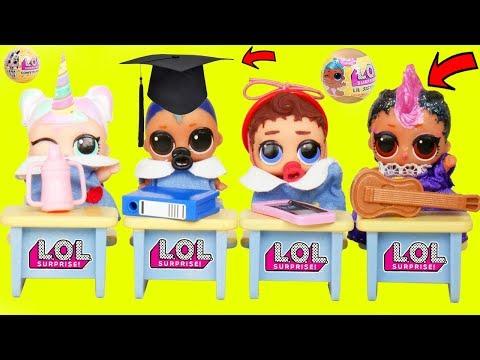 LOL Surprise Dolls Lil Sisters in Playmobil SCHOOL