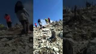 Gambar cover Puncak gunung sindoro