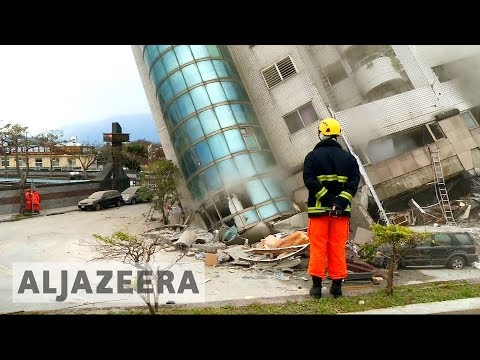 Taiwan earthquake: Race to save survivors under collapsed hotel