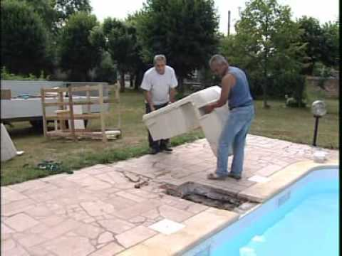 Filtrinov guide d 39 installation youtube for Construction piscine desjoyaux youtube
