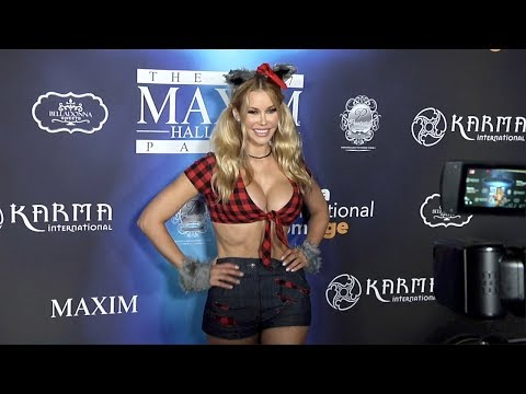 Kennedy Summers 2017 Maxim Halloween Party
