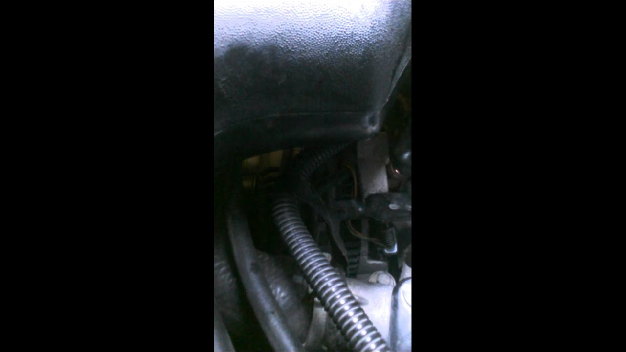 How To Fix Alternator Thats Not Charging Youtube 1993 Honda Accord Headlight Wiring Diagram