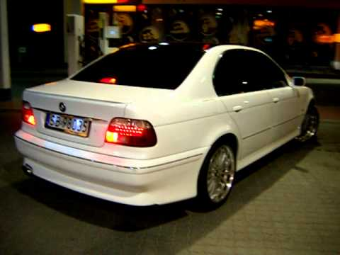 bmw e39 white and black night youtube. Black Bedroom Furniture Sets. Home Design Ideas