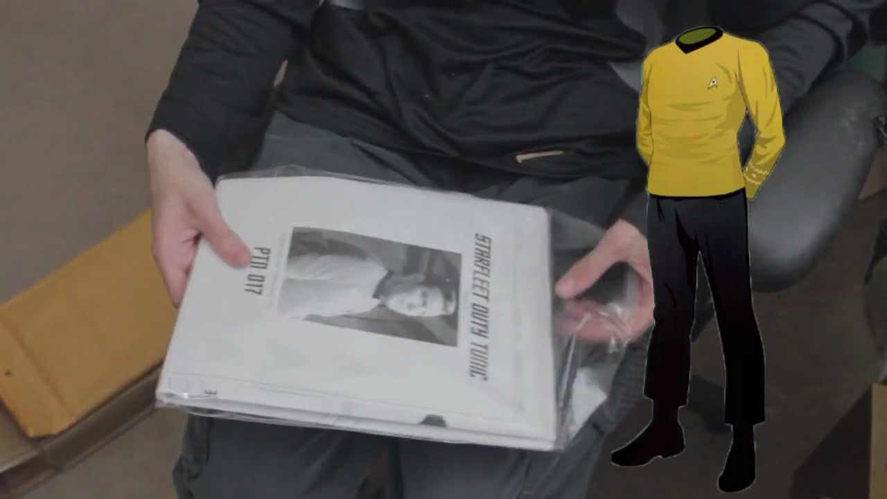 Star Trek Pattern unboxing TOS & ENT 9/17/2012 - YouTube