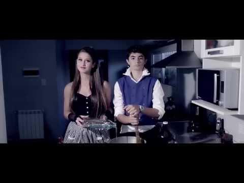 de 15 años de Tita  Popular song Mika ft Ariana Grande