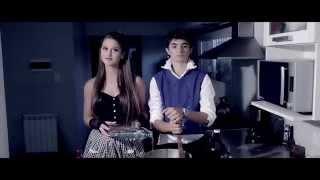 Download Lagu Video de 15 años de Tita - Popular song (Mika ft. Ariana Grande) mp3