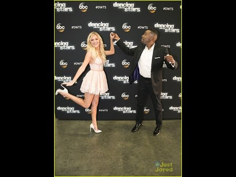 Kelsea Ballerini Stops By The DWTS Season 22 Finale with Arsenio Hall