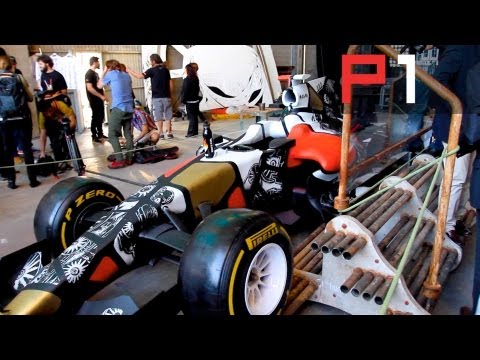 Hot girls, F1 parties and gamers! Spanish GP highlights