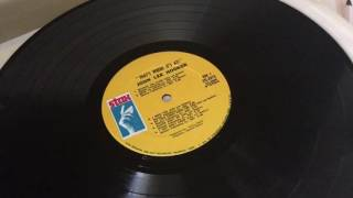 The Vinyl Guide - STAX Record Label Variations