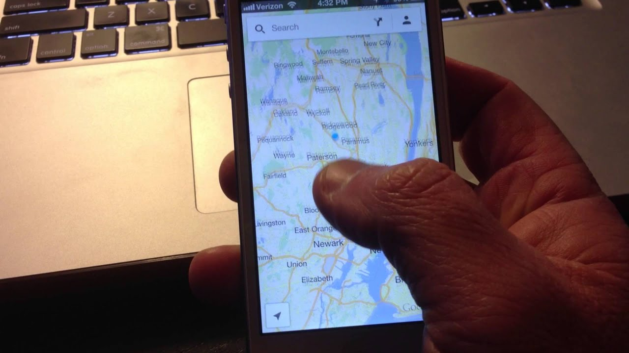 Zoom In / Out On Google Maps App For iPhone And Android