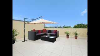 Coorparoo - Stylish Townhouse With Private Rooftop  ...
