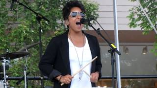 Watch Vicci Martinez Dog Days Are Over video
