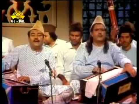 Ghulam Farid Sabri Qawwal Tajdar E Haram. HQ Video - www.Fayidah.biz