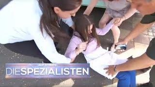 Kinderarbeit im Imbiss! 12-Jährige bricht zusammen! | Auf Streife - Die Spezialisten | SAT.1 TV