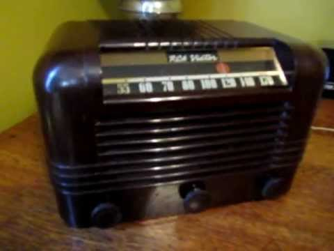 Antique RCA Victor 15X Tube Radio