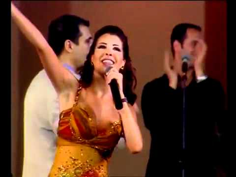 Nancy Ajram - Ah We Noss (Live HD)