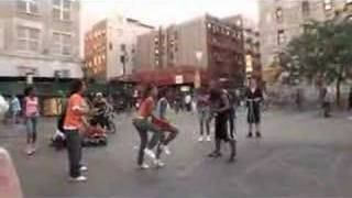 Cool commercial of XBOX 360 skipping-rope