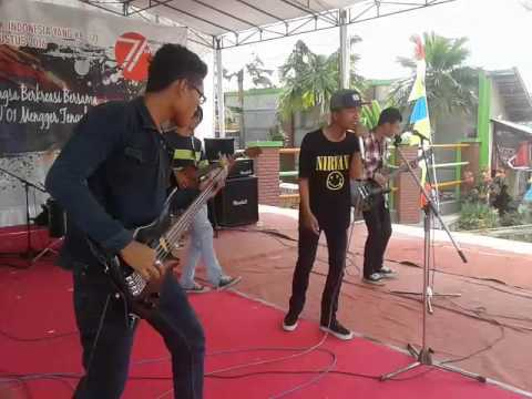 Determined - Glory Day (JKT48 cover) live at Panghegar Waterboom bandung