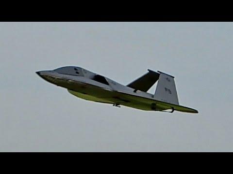 F-19 AURORA MILITARY RC STEALTH FIGHTER FLIGHT DEMONSTRATION / Ragow Germany 2016