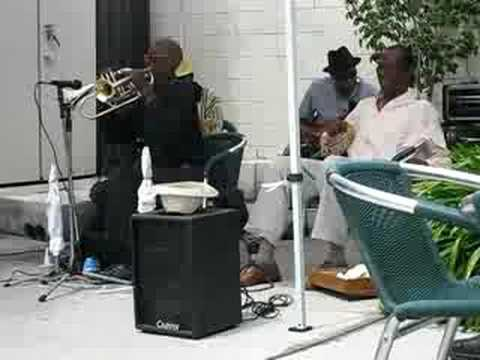 Uncle Darrows Blues Jazz band -double trumpets