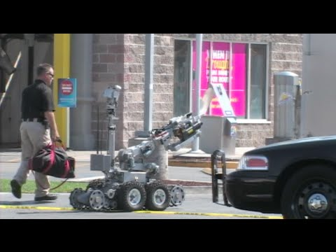 Bomb Squad Called Into Action To Investigate Suspicious Bag In Modesto, California - News Story
