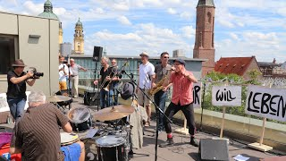 BLUEKILLA Open Air Bandprobe - NACHT will LEBEN!  im 6. Stock auf einem Hochhausdach.